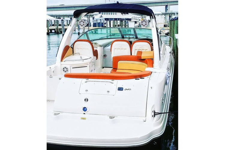 This 38.0' Sea Ray cand take up to 10 passengers around Key Biscayne
