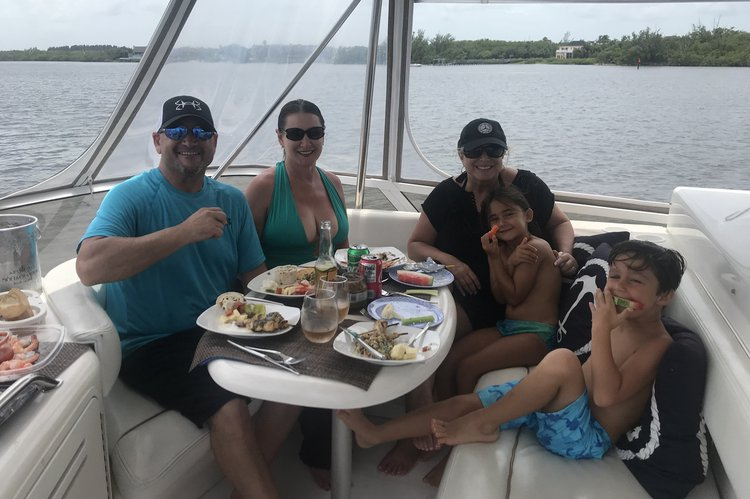 Boating is fun with a Sea Ray in Jupiter