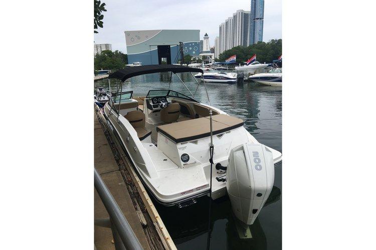 Boat rental in North Miami Beach,