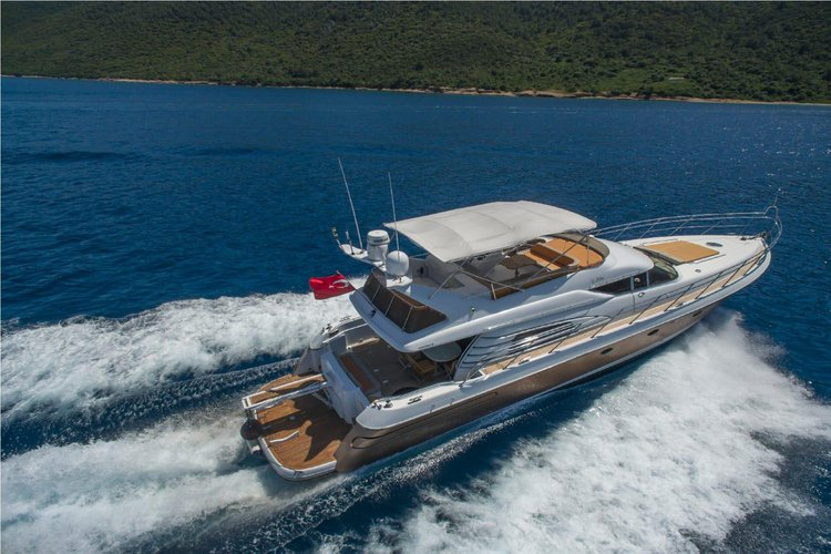 A Sunseeker Manhatton 62 Flybridge Yacht For Charter in Bodrum Marina / Turkey