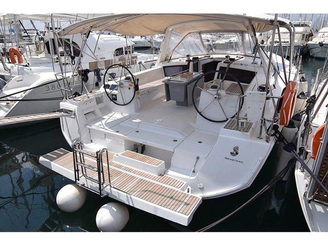 Charter this amazing Beneteau Oceanis 48_2015 in Corfu, GR