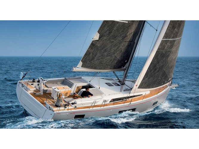 Sail the beautiful waters of Lefkada on this cozy Beneteau Oceanis 46.1