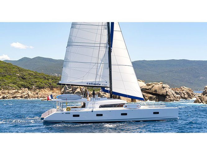 The best way to experience Mahe, Victoria, SC is by sailing