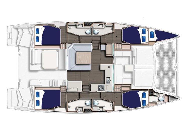 Discover Exumas surroundings on this Mooring 4500 Custom boat