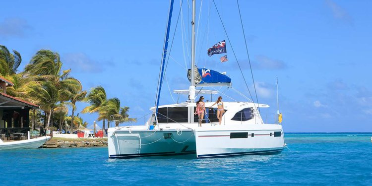 Have fun in Exuma aboard 49' cruising catamaran