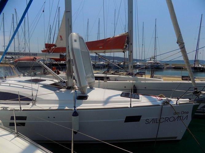 Discover Split region surroundings on this Elan Impression 45 Elan Marine boat