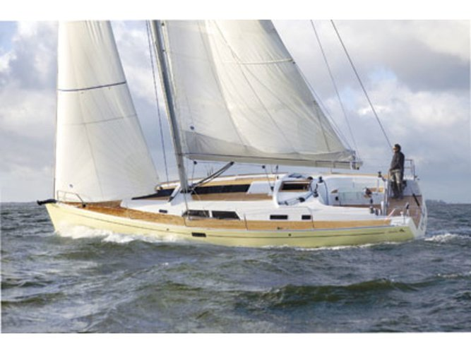 Take this Hanse Yachts Hanse 430 for a spin!
