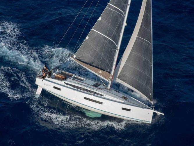 Get on the water and enjoy Portocolom in style on our Jeanneau Sun Odyssey 410