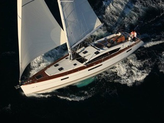 Beautiful Jeanneau Sun Odyssey 509 ideal for sailing and fun in the sun!
