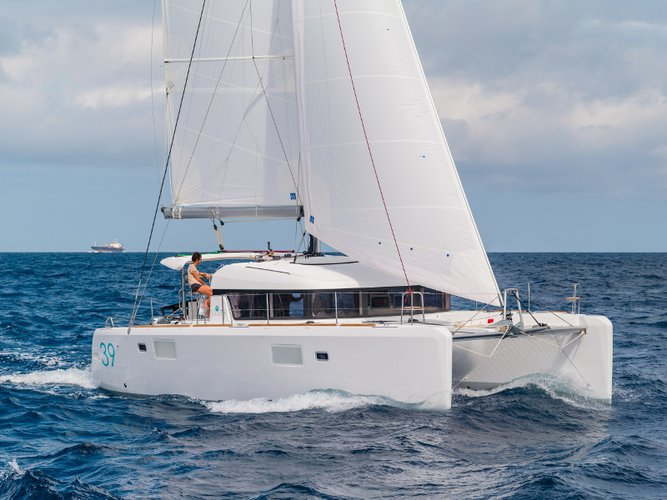 Charter this amazing sailboat in Can Pastilla