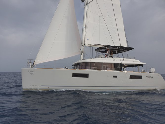 Take this Lagoon Lagoon 560 S2 for a spin!