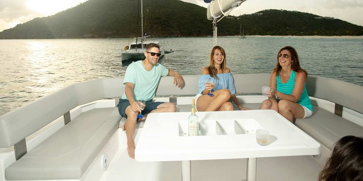 Catamaran boat for rent in St Lucia - Castries