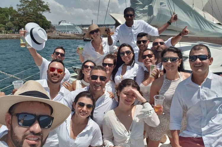 This 33.0' Seawind Catamarans cand take up to 20 passengers around Sydney