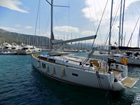 Climb aboard this sailboat for a great sailing experience!