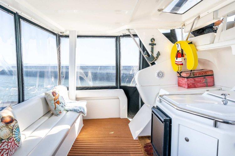 Boat rental in Brisbane, CA
