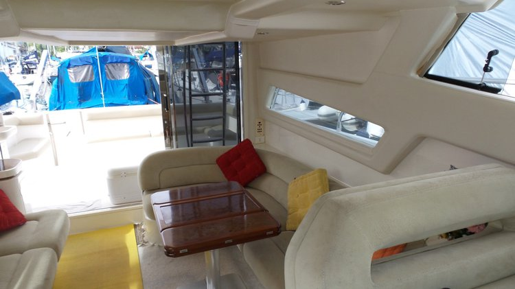 Cruiser boat rental in Estrada do Marinas, Brazil