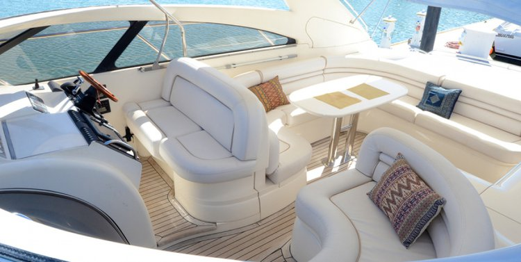 Classic boat for rent in North Miami Beach
