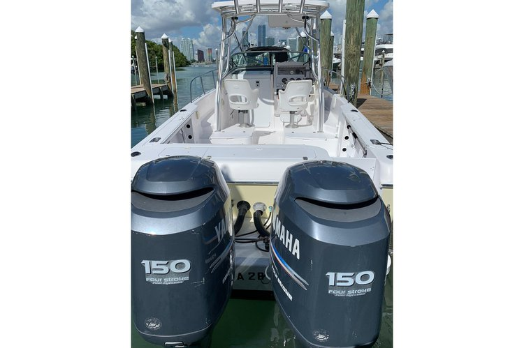 Center console boat rental in Rickenbacker Marina, FL
