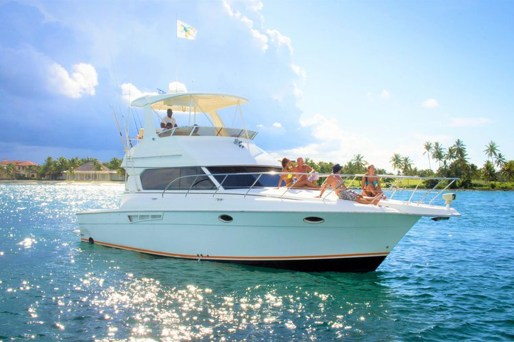 42 Silverton Sport yacht for charter... Best of its size on the Island!!!