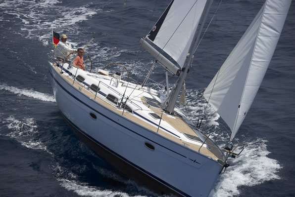 Enjoy and discover Australia by water on this gorgeous Bavaria 40 sail boat