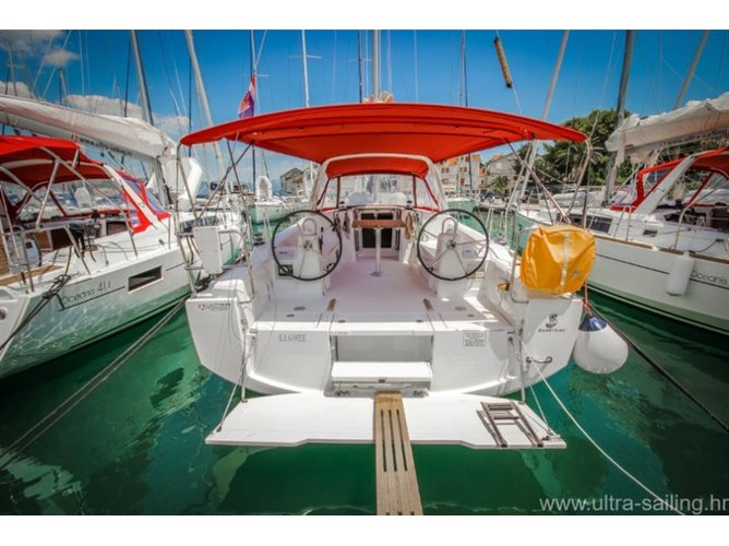 Enjoy Pomer, HR to the fullest on our comfortable Beneteau Oceanis 38