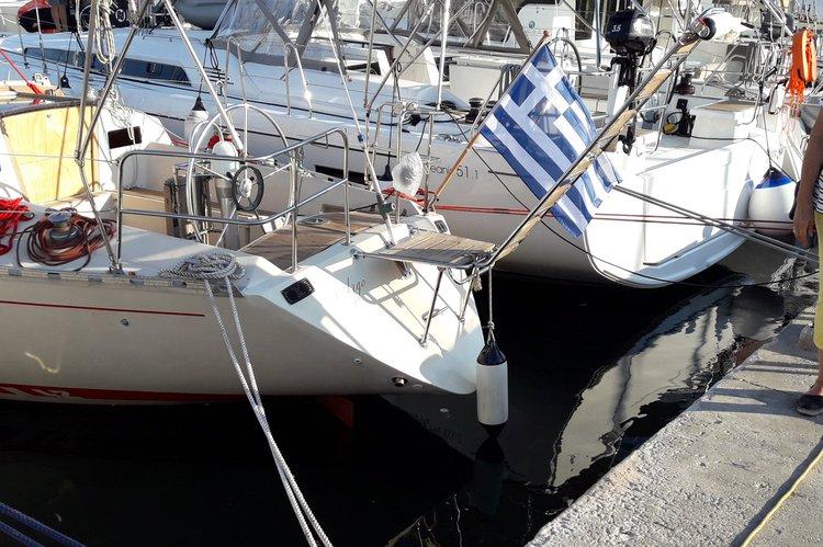 Beneteau's 42.0 feet in Saronic Gulf