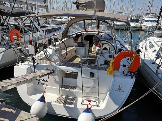 Rent this Beneteau Oceanis 43 for a true nautical adventure