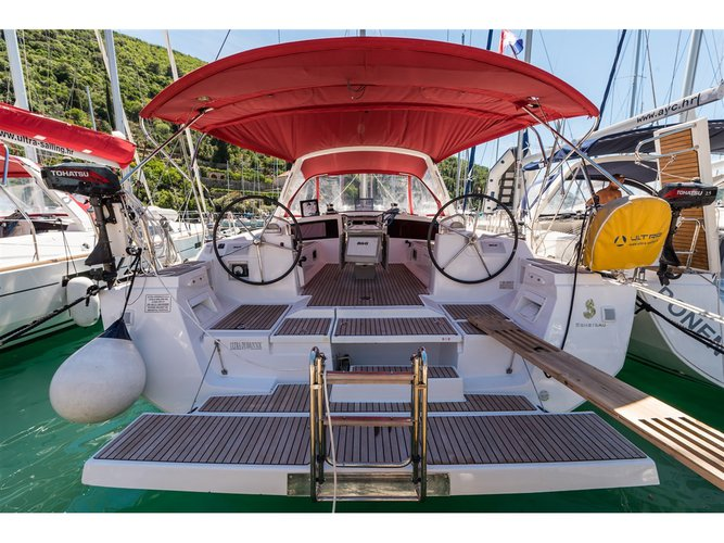 All you need to do is relax and have fun aboard the Beneteau Oceanis 48