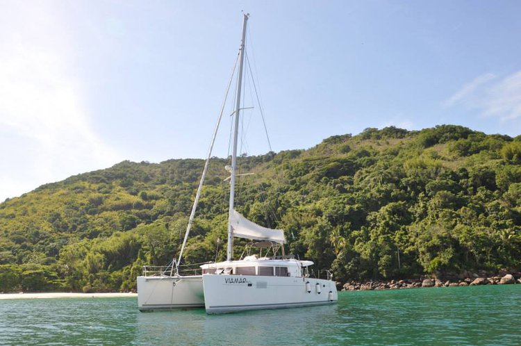 Hope aboard Lagoon 45 and chill in style