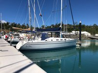 Sail aboardBeneteau 43.4 and Enjoy the winds of  Whitsundays