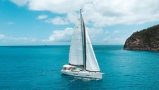 Sail aboard Dufour 560 GL  and Enjoy the winds of  Whitsundays