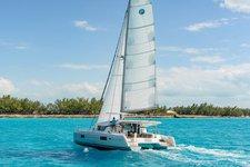 Hop aboard this amazing catamaran rental in Dubrovnik region!