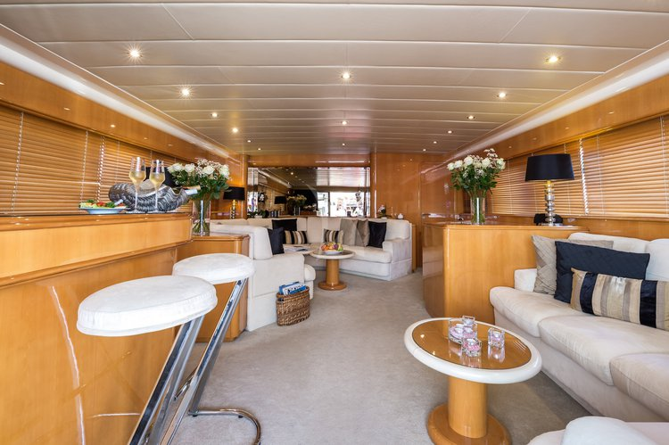 Boat for rent Mangusta 85.4 feet in Cannes, France
