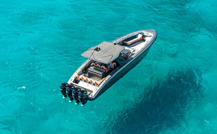 Performance boat for rent in St Thomas