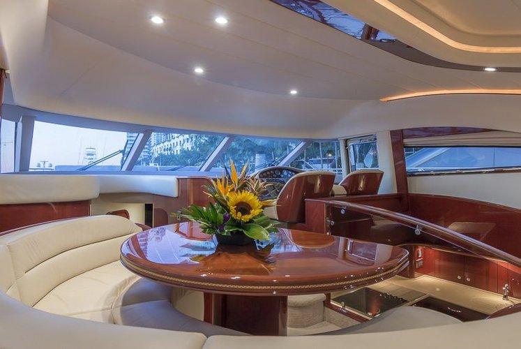 Cruiser boat rental in miami beach marina, FL