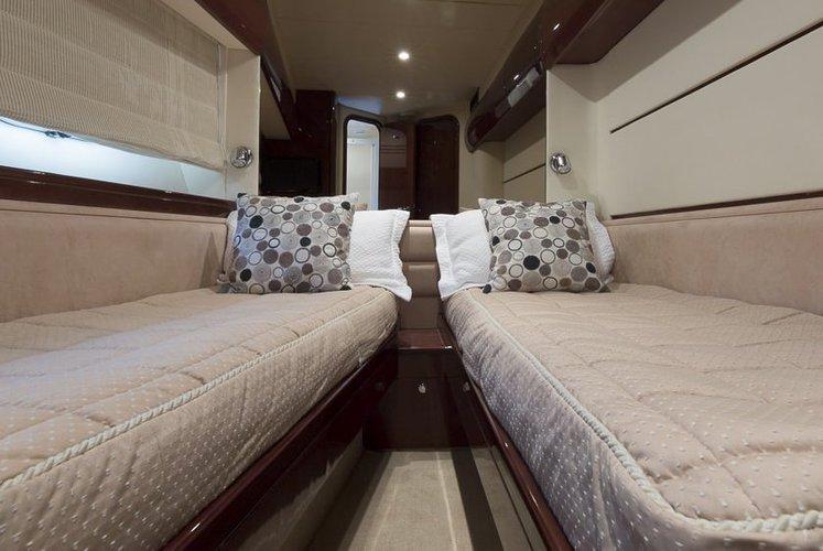 Cruiser boat for rent in Miami Beach