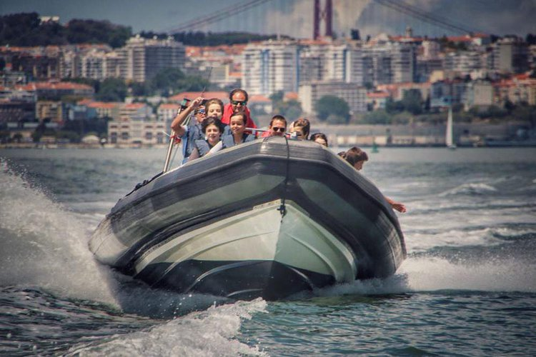 Fantastic Powerful Speedboat for 12 guests