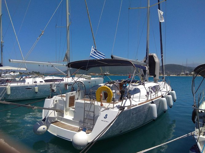 Take this Beneteau Oceanis 46 for a spin!
