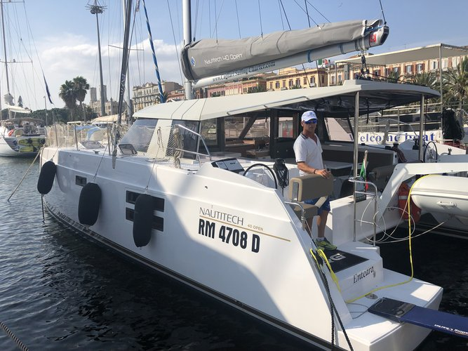 Unique experience on this beautiful Catamarans Nautitech Nautitech Open 40