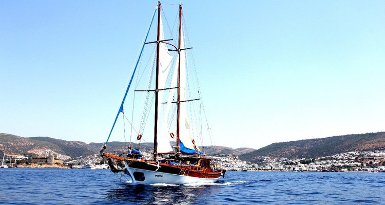 Explore Turkey on board this beautiful gulet charter