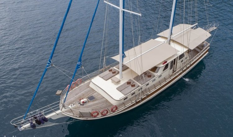 Set your dreams in motion aboard this luxury gulet