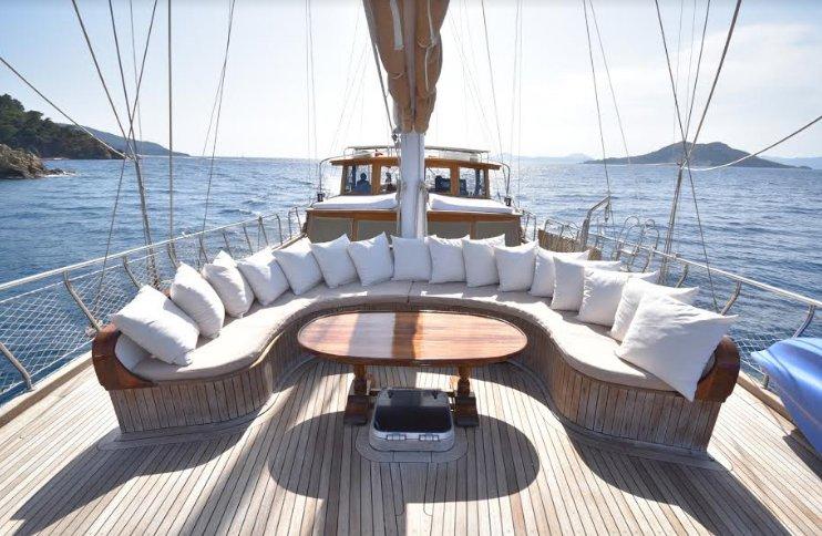 Discover Mugla surroundings on this Custom Custom boat