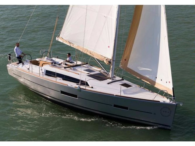 Cruise in style on this amazing sail boat for rent