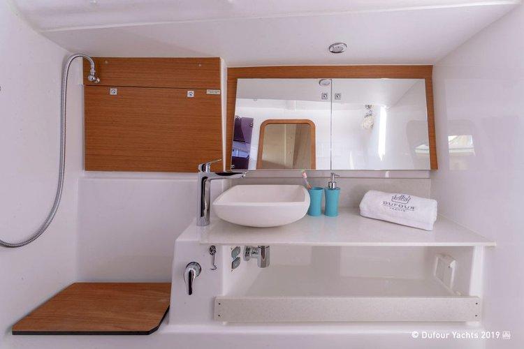 Monohull boat rental in Palm Cay Marina, Bahamas