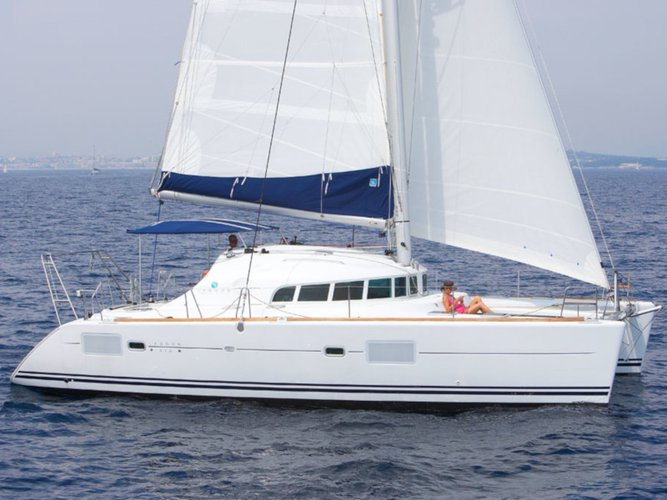 Rent this Lagoon Lagoon 410 S2 for a true nautical adventure