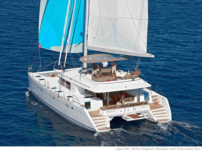 Sail the beautiful waters of Andratx on this cozy Lagoon Lagoon 560