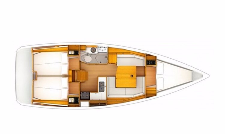Up to 6 persons can enjoy a ride on this Monohull boat