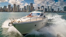 WE ARE NOW OPEN IN MIAMI - Beautiful 68' Flybridge