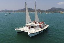 Comfortable catamaran for larger groups