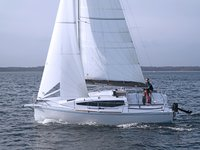 The perfect boat charter to enjoy PL in style